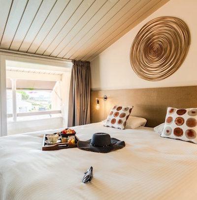 Hotel face à la mer sur l'ile de Ré
